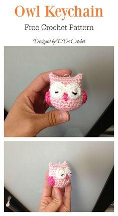 Owl Keychain Free Crochet Pattern Here are a couple of owl free crochet pattern. These are super cute amigurumi owls, especially the one with their big sleepy eyes. Crochet Motifs, Crochet Amigurumi Free Patterns, Crochet Dolls, Crochet Gifts, Cute Crochet, Easy Crochet, Crochet Rabbit, Kids Crochet, Crochet Keychain Pattern