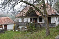 Kapcsolódó kép Cabin, House Styles, Home Decor, Decoration Home, Cabins, Cottage, Interior Design, Home Interior Design, Wooden Houses