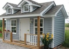 tiny house - This is actually a dog house, but hey, I'd live here. Cool Dog Houses, Play Houses, Luxury Dog House, Luxury Houses, Tiny House Movement, Cabins And Cottages, Tiny Spaces, Tiny House Living, Little Houses