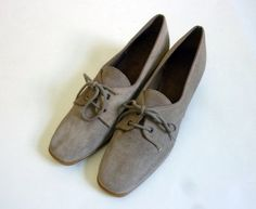 Vintage 1960s Suede Shoes Browsabouts USA by rileybella123 on Etsy, $24.00