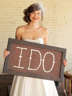 Cute idea for wedding photos!