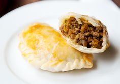 chinese beef curry pastries recipe | use real butter.  Looks like what we used to make...but needs potatoes too!