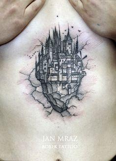 Flying castle tattoo by Jan Mráz Hogwarts Tattoo, Lotr Tattoo, Black Tattoos, Cool Tattoos, Amazing Tattoos, Tatoos, Cathedral Tattoo, Burg Tattoo, Castle Tattoo