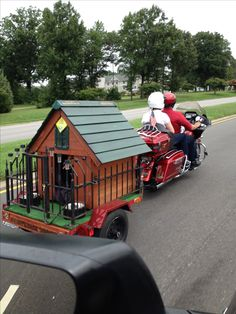 Bike trailer Dog House - no longer forced to stay home, now your 'best buddy' can travel with you, in style!