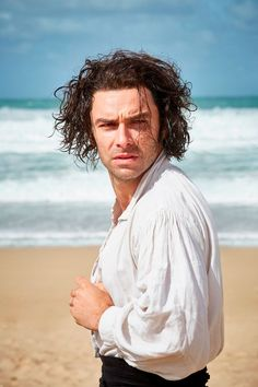 Poldark star Aidan Turner covers up his chiselled body after shirtless 'scandal' - Mirror Online Aidan Turner Kili, Aidan Turner Poldark, Aiden Turner, Demelza Poldark, Ross Poldark, Bbc Poldark, Poldark Series, Ross And Demelza, Bbc Drama