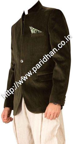 Fabulous green velvet blazer made from green color uncrushable velvet fabric. Dry clean only.