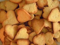 Kromě lineckého jsme pekli i mandlové sušenky - a povedlo se mňamózní :-) Potatoes, Vegetables, Desserts, Cakes, Food, Self, Tailgate Desserts, Deserts, Potato