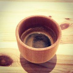 Italian espresso in wooden coffee mug by www.massimoasiello.it