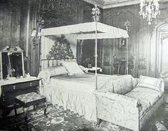 Bedroom, Inisfada Mansion, Manhassat, Long Island.