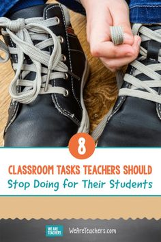 8 Classroom Tasks Teachers Should Stop Doing for Their Students. Instead of doing these classroom tasks for your students, encourage them to develop their skills by doing it on their own instead! Online Classroom, Classroom Rules, Classroom Behavior, Kindergarten Classroom, Montessori Elementary, Classroom Ideas, Teaching First Grade, First Grade Teachers, Teaching Reading