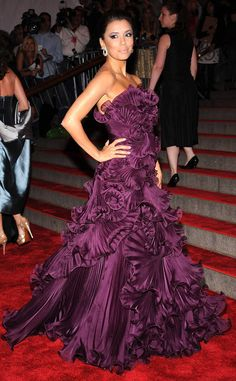 Eva Longoria from The Best Met Gala Looks Ever Longoria radiates the red carpet with her over-the-top ruffled Marchesa gown. The royal purple hue adds even more drama to the already magnificent design.Eva Longoria from The Best Met Gala Looks EverLi Gala Dresses, Red Carpet Dresses, Long Dresses, Sexy Dresses, Purple Gowns, Purple Dress, Eva Longoria Style, Eva Longoria Dresses, Marchesa Gowns