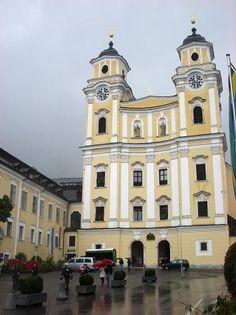 #Mondsee Cathedral.  Salzburg, AUSTRIA.