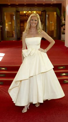 Celebrity Chef Sandra Lee Stuns In Vintage Dior at the Emmys (PHOTO) | Life & Style Weekly