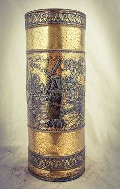 Old fashioned corn grinder Vintage Pinterest Farm tools