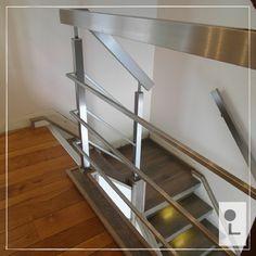 Vierkant of rechthoekig? Daar kunnen wij naast leuningen ook prachtige balustrades van maken. Passend bij uw deurklinken en afwerking in bv. keuken en badkamer. #lumigrip #maatwerk