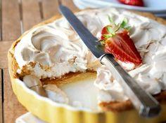 Pie Cake, No Bake Cake, Sweets Cake, Cupcake Cakes, Cupcakes, Cake Recipes, Dessert Recipes, Sweet Bakery, Rhubarb Recipes