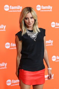 More Pics of Ashley Tisdale Mini Skirt (7 of 26) - Mini Skirt Lookbook - StyleBistro