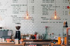 Heading to Düsseldorf for a long weekend? Then you need to know some of our favourite places to eat and drink in this up-and-coming city! Here are a selection of Düsseldorf's best coffee shops and cafes.