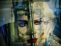 'Deep blue eyes' von Gabi Hampe bei artflakes.com als Poster oder Kunstdruck $18.03