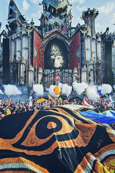 Find images and videos about music, edm and electronic on We Heart It - the app to get lost in what you love. Rave Music, Dj Music, Music Is Life, Lollapalooza, Avicii Album, Tomorrowland Festival, Techno Party, Electro Music, Edm Festival