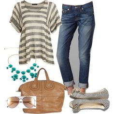 When I'm slender enough to wear skinny jeans and a baggy shirt, this shall be the outfit I wear.