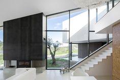 Vidigal House by Contaminar Arquitectos