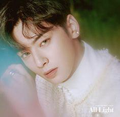 Listen to every Astro track @ Iomoio Asian Actors, Korean Actors, Korean Guys, Park Jin Woo, Cha Eunwoo Astro, Lee Dong Min, Sanha, How To Pose, Celebs