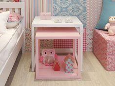 Fugindo do comum, o quarto de menina projetado pela dupla Nathalia Della Manna e Gabriel Garbin para a mostra Q&E Bebê traz uma decoração mais decolada. A combinação de cores é linda: rosa, azul, bran