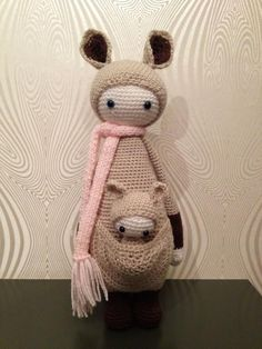 KIRA the kangaroo made by Monique N.-R. / crochet pattern by lalylala
