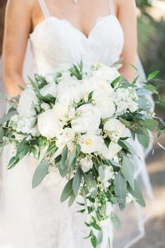 White and green heart shaped bridal bouquet bouquets spring 20 Elegant White and Greenery Wedding Bouquets Wedding Flower Guide, Beach Wedding Flowers, Bridal Flowers, Flowers In Hair, Wedding Colors, Wedding Beach, Wedding Ideas, Cascading Wedding Bouquets, Diy Wedding