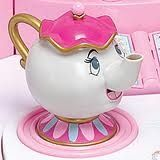 Teapot to go with the your mug you must have....@sarahgordon