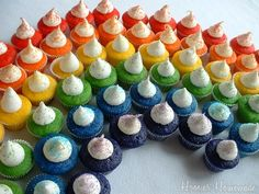 A rainbow of cupcakes for St Patrick's Day #rainbow #cupcake