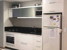 """41 curtidas, 4 comentários - Casagrande Home Class (@marcenariachc) no Instagram: """"Da série: Cozinha clean {que a gente tanto ama} #cozinhaclean #cozinhabranca #cozinha #kitchen…"""""""