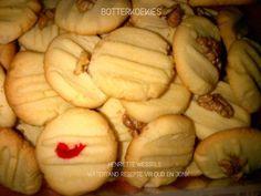 Picture Biscuit Bar, Biscuit Recipe, 21st Bday Cake, Cinnabon Cinnamon Rolls, Graham Cracker Recipes, Food Art For Kids, Bakeries, Graham Crackers, Meringue