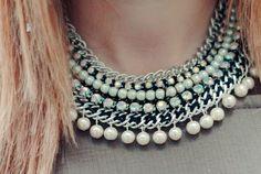 Le collier plastron