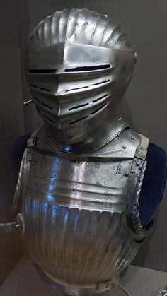 Close helmet made in German-speaking lands 1525-1530 CE