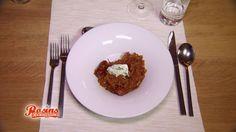 Bigos – polnischer Sauerkrauteintopf. Fleisch, Sauerkraut und Weißkohl sind unverzichtbare Zutaten des Bigos.