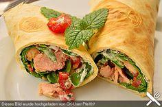 Wraps mit Lachs und Zitronen-Quark-Dip, ein schönes Rezept aus der Kategorie Snacks und kleine Gerichte. Bewertungen: 3. Durchschnitt: Ø 3,4.