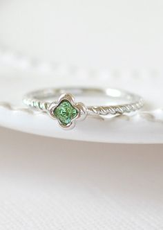Peridot Four Leaf Clover Silver Ring