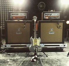 #gibson #sg #guitars #orangeamplifiers@guitology