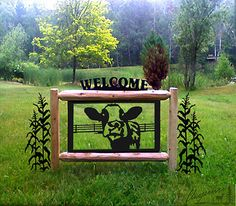 cute yard sign - wish it had sheep on it Driveway Sign, Driveway Landscaping, Farm Entrance, Entrance Gates, Outdoor Signs, Outdoor Decor, Cow Decor, Ranch Decor, Farm Signs