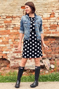 Black and White Polka Dots, What to wear on a rainy day, Rain Boots, Hunter Rain Boots, Jean Jacket, What I Wore, Jessica Quirk, What I Wore Blog, outfit blog, style blog, fashion blog on tumblr