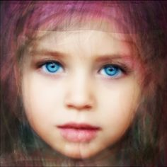 Average face of 9 children with blue eyes pinned onto a board 'Blue eyes' by @Amylee Paris #averageface