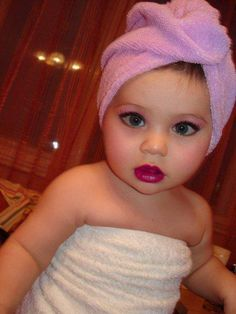 Resultado de imagem para meninas maquiadas