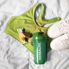 Herbalife 24, Herbalife Distributor, Herbalife Products, Daily Home Workout, At Home Workouts, Herbalife Nutrition Facts, Fitness Backgrounds, Peau D'orange, Nutrition Club