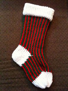 Christmas Stocking Loom Knitting Pattern : 1000+ images about Loom Knit Socks Patterns on Pinterest ...