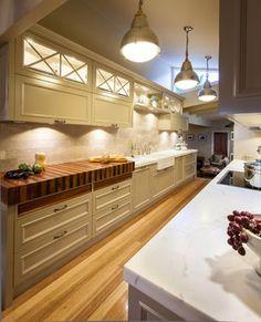 Heads Hampton Style Kitchen   Traditional   Kitchen   Brisbane .