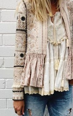 Gorgeous boho style lace top and embroidered jacket 👠 Stylish outfit ideas for women who love fashion! Gorgeous boho style lace top and embroidered jacket 👠 Stylish outfit ideas for women who love fashion! More from my site Boho style Boho Outfits, Stylish Outfits, Fashion Outfits, Fashion Ideas, Jackets Fashion, Fall Outfits, Stylish Clothes, Fashion Clothes, Fashion Accessories
