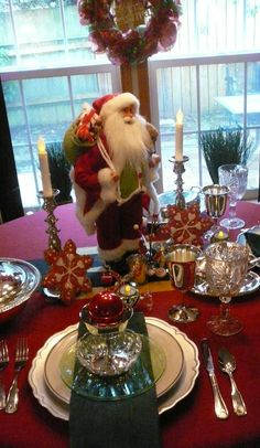 Santa Baby 2013 - Christmas Tablescape Inspiration