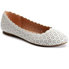 LC Lauren Conrad Women's Scalloped Ballet Flats, Size: 6.5, White ($35) ❤ liked on Polyvore featuring shoes, flats, white, ballet pumps, faux leather ballet flats, vegan flats, vegan shoes and round toe flats